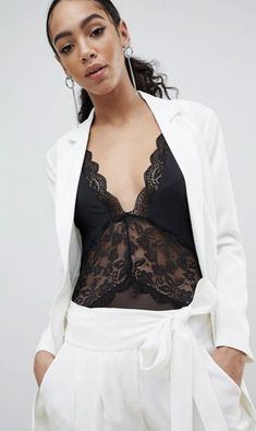 Shop the latest Missguided Double Breasted Blazer trends with ASOS! Free delivery and returns (Ts&Cs apply), order today! Double Breasted Blazer, Suit Separates, Blazer Fashion, Missguided, Suits For Women, Color Patterns, Latest Trends, Camisole Top, Tank Tops