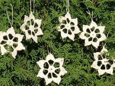 SALE -Set of 6 Hand Crocheted White Linen Snowflakes  Home Decoration Linen Snowflakes Christmas Tree Decor (4.90 USD) by WEcraft