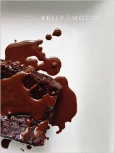 Flourless Chocolate Cake (Paleo) | 21 Flourless Chocolate Desserts That Will Never Let You Down
