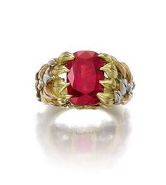 Important Burmese ruby ring weighing 11.01 carats