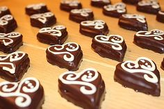 Sacher Hearts a tasty recipe from the Cookies & Cookies category. Ratings: Average: Ø The post Sacher heart of Sivi Ideas Desayunos, Easter Cheesecake, San Valentin Ideas, Easy Easter Desserts, Easter Recipes, Sacher, Holiday Cookie Recipes, Tasty Recipe, Blog