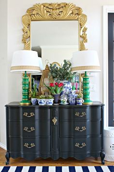 Home Tour - Favorite Room Edition // Entry // Foyer // Blue and White Accessories // Gold Mirror // Disco Ball // French Provincial Dresser Home Interior, Interior Decorating, Interior Design, Decorating Ideas, Modern Interior, Modern Decor, Design Entrée, Contemporary Bedroom, Contemporary Building