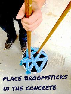 Modern Concrete and Broomstick Coat Tree Concrete Crafts, Concrete Projects, Diy Wood Projects, Diy Projects To Try, Ana White, Coat Tree, Concrete Coatings, Concrete Sculpture, Beton Diy
