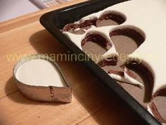 Semifreda bez formy Czech Recipes, Arabic Food, Dog Bowls, Baking Recipes, Cookie Cutters, Wedding Cakes, Cheesecake, Food And Drink, Cookies