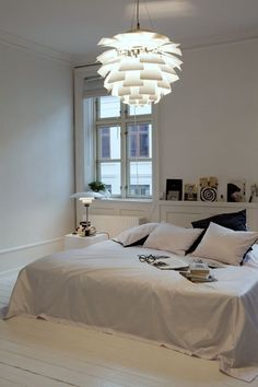 Artichoke pendant lamp and PH4/3 table lamp by Poul Henningsen from Louis Poulsen