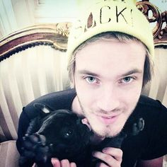 Pewdiepie/Felix Kjellberg and Edgar Pewdiepie And Cry, Pewdiepie Jacksepticeye, Cryaotic, Funny Youtube Comments, Youtube Gamer, Laughing And Crying, Tyler Oakley, Smosh, Save The Children