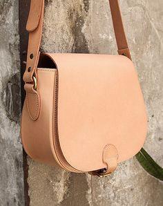 da6611e728 Handmade vintage leather messenger crossbody Shoulder Bag for girl women  lady Crossbody Shoulder Bag
