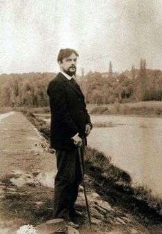anniversary of the death of Claude Debussy – All the posts Blues Music, Pop Music, Real People, Famous People, Compositor Musical, Classical Music Composers, Monochrome, Writers And Poets, Reggae Music