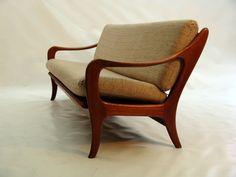 Top 3 woonspullen op zondag | nummer 2 Blijf maar zitten voor de nummer 2! Op deze vintage Ster sofa kan dat heerlijk languit! #vintage #sofa #bank #bankstel