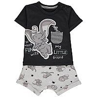 Days of play are so much fun with Disney friends and this gorgeous Dumbo outfit is the perfect pick for their next playdate. Made up of a crew neck tee and s. Baby Clothes Online, Unisex Baby Clothes, Baby Pizza, Toddler Themes, Nursery Accessories, Baby George, Short Outfits, Baby Boy, Theme Bedrooms