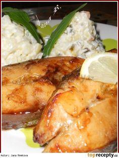Kapr na medu Food And Drink, Menu, Chicken, Cooking, Advent, Magick, Pisces, Menu Board Design, Kitchen