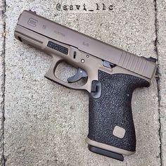 FDE Glock 19 w/ stipple