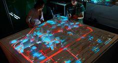 CityScope è un progetto pilota dell' MIT, un sistema che sfrutta la realtà aumentata per simulare l'impatto di potenziali modifiche al tessuto urbano inteso n