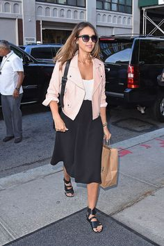 Jessica Alba was pretty in pink in NYC.