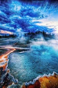 Yellowstone National Park by Lars Leber. Beautiful World, Beautiful Places, Amazing Places, Beautiful Pictures, Places To Travel, Places To See, Places Around The World, Around The Worlds, Yellowstone Nationalpark