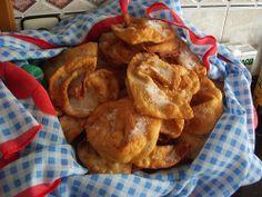 Orellas de Entroido #compostela #caminotrail www.caminotrail.es Running the Camino.