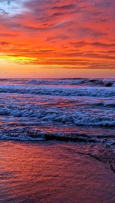A wonderful sunset on the beach with cloudy ☁ sky ☺