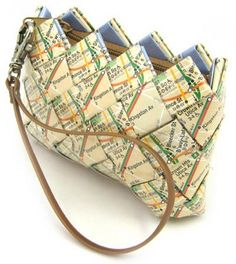 Handtassen van metroplannetjes