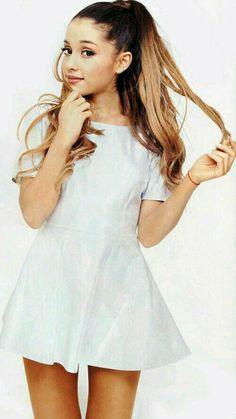 sigueme soy estrella castillo orozco mi foto de perfil es de Ariana grande