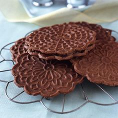 Chocolate Peppermint Pizzelle recipe from Food Network Kitchen. Pizzelle Cookies, Cookies Et Biscuits, Pizzelle Maker, Waffle Cookies, Italian Cookies, Italian Desserts, Just Desserts, Italian Biscuits, Kuchen