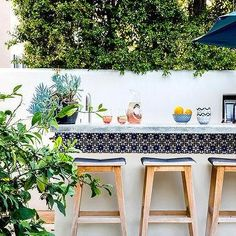Malibu Blue Spanish Outdoor Bar Tiles