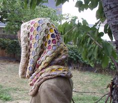 Free Pattern: West Desert Hood by Virginia Catherall