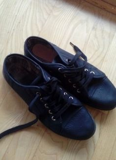 Kup mój przedmiot na #vintedpl http://www.vinted.pl/damskie-obuwie/trampki/15978559-trampki-buty-sportowe-38