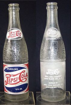 Vintage Pepsi Bottle RWB Double Dot 12 OZ. Spartanburg S.C. 1947 Antique Bottles, Vintage Bottles, Double Dot, Soda Machines, Medicine Bottles, Pepsi Cola, Long Island City, Vintage Soft, Soda Bottles