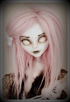My new Monster High ♥repaint by Kalea-chan