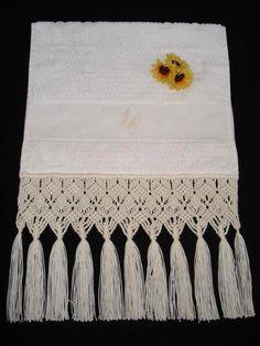 Macrame Art, Craft Patterns, Craft Tutorials, Tassel Necklace, Needlework, Tassels, Diy And Crafts, Patches, Crafty