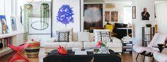Um apartamento amplo que reúne referências inspiradoras garimpadas ao longo da vida de um casal. A decoração traz muitos quadros, objetos e móveis bacanas.
