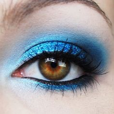 Stunning! Sarah Moy used Sugarpill Lumi, Afterparty, and Bulletproof eyeshadows to bring out her gorgeous brown eyes.
