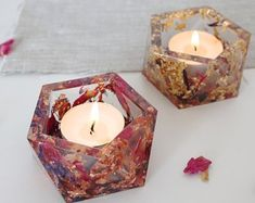New jewerly resin ideas dried flowers 43 Ideas - DIY Projects Must Trys! - New jewerly resin ideas dried flowers 43 Ideas - Epoxy Resin Art, Diy Resin Art, Diy Resin Crafts, Cardboard Crafts, Resin Molds, Stick Crafts, Cork Crafts, Fall Crafts, Diy Candle Holders