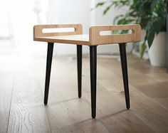 Kruk / stoel / kruk / Osmaanse / Bank gemaakt bord door Habitables