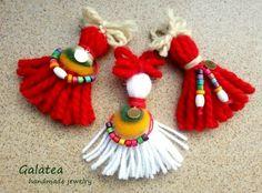 Yarn Crafts, Diy And Crafts, Baba Marta, International Craft, Yarn Dolls, Diy Bracelets Easy, Craft Activities For Kids, Lana, Hand Embroidery