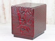 Featuring a stunning bamboo inspired imagery, this carved Japanese tansu (box) is sure to impress with its red hue. Vintage Bench, Vintage Chairs, Vintage Furniture, Japanese Furniture, Living Room Storage, Wooden Chest, Sewing Box, Vintage Japanese, Bedroom Furniture