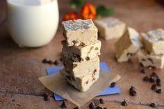 Chocolate Chip Fudge   http://www.oatmealwithafork.com/2013/10/28/chocolate-chip-detox-fudge-dairy-free-vegan/