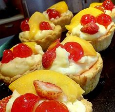 Cake Pans, Fruit Salad, French Toast, Muffin, Sweet Home, Cupcakes, Sweets, Cookies, Breakfast