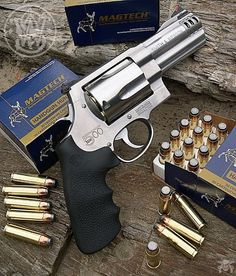 Manufacturer: Smith & Wesson Mod: S&W 500 Caliber - 500 Magnum Capacity - Capacidade: 5 Shot Barrel - Comp. Cano: 4 Weight - Peso: 56...
