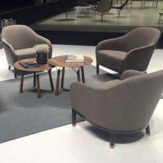 """EDITH - новое элегантное и комфортное кресло. Вот, что говорит Alexander Lervik: """"Я слушал Эдит Пиаф, когда я делал эскиз кресла и думал о том, что кресло должно быть настолько комфортным, чтобы погрузившись в нем, можно было убежать от всех мыслей, расслабиться и насладиться музыкой. Мне также хотелось создать кресло, которое не только займет пространство, но а еще будет обладать легкостью форм""""."""