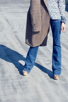 An entry from Project: Training Work Fashion, Mom Jeans, Editorial, Alice, Training, Retro, Hair Styles, Model, Projects