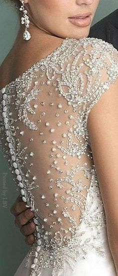 Gorgeous Detail. Allure ♥✤Bridals