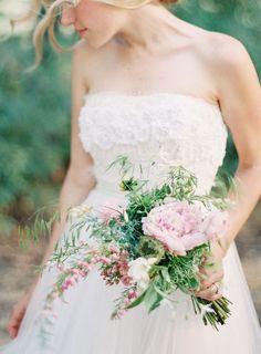 spring wedding flowers   | itakeyou.co.uk |#weddingbouquets   #springbouquet #bouquets