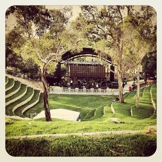 Belvoir Amphitheater in Perth, Australia Established in 1830 and outdoor venue used for concerts, weddings, and other events houses of the arts. How beautiful, don't you just wish you could be the Outdoor Stage, Outdoor Theater, Outdoor Venues, Perth Western Australia, Australia Travel, Urban Landscape, Landscape Design, Perth Wedding Venues, Public Space Design