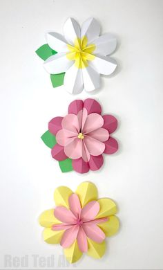 Easy Paper Flowers for Spring - we love Paper Crafts. And these easy DIY Paper Flower Decorations are just gorgeous. Love the Spring Colours. 3d Paper Flowers, Paper Flower Decor, Flower Crafts, Flower Decorations, Craft Flowers, Paper Roses, Flower Art, Easy Paper Crafts, Diy And Crafts Sewing