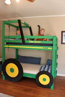 This handmade tractor bunk bed is an every boy's dream, isn't it? Built as a copy of a John Deere's tractor it has no detail overlooked: a yellow stripe, Toddler Boy Costumes, Wie Macht Man, Kids Bunk Beds, Loft Beds, Cool Diy, Boy Room, Kids Bedroom, Bedroom Decor, Bedroom Green