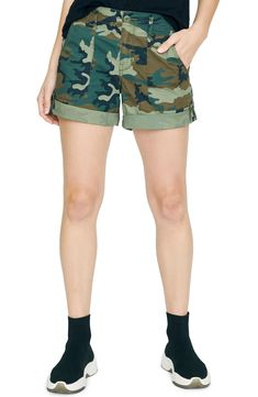 New Sanctuary Explorer Patch Pocket Shorts online - Besttopbuyshop Camo Shorts, Cotton Shorts, Casual Shorts, Shorts With Pockets, Pocket Shorts, Shorts Online, Plus Size Activewear, Short Outfits, Baby Clothes Shops