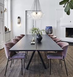 Creative Living Since Gothenburg, Sweden Dining Room Inspiration, Interior Inspiration, Style At Home, Rooms Ideas, Luxury Decor, Interior Exterior, Dining Room Design, Interiores Design, Home And Living