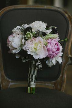 modern twist on bouquets