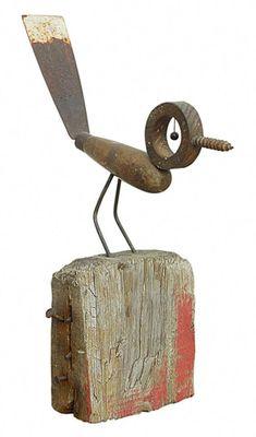 kleiner Vogel little bird Peacock Metal Sculpture Yard Bird Garden Art by ruCeramic bird baths for great drinking and baSteel bird welded by the artist Chri Metal Yard Art, Scrap Metal Art, Metal Sculpture Artists, Sculpture Ideas, Art Sculptures, Metal Garden Sculptures, Sculpture Projects, Bird Sculpture, Abstract Sculpture